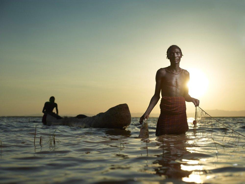 Joey_L_Photographer_Shallowgo_On_Lake_Turkana.jpg
