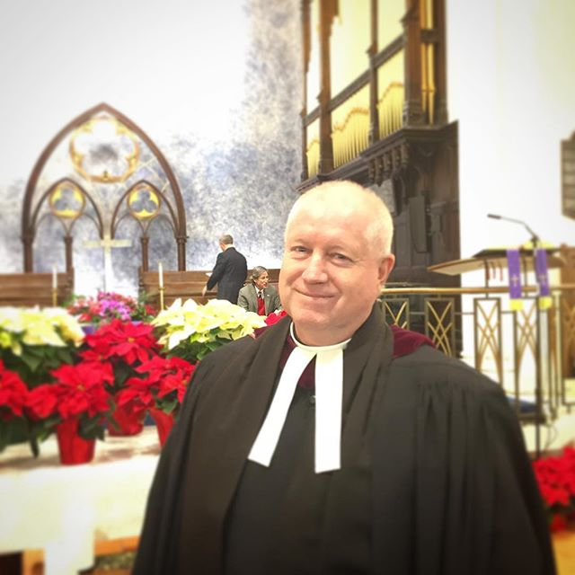 Our vicar Dr. Rev. Matthew P. Harrington 🏴󠁧󠁢󠁷󠁬󠁳󠁿❤️💚