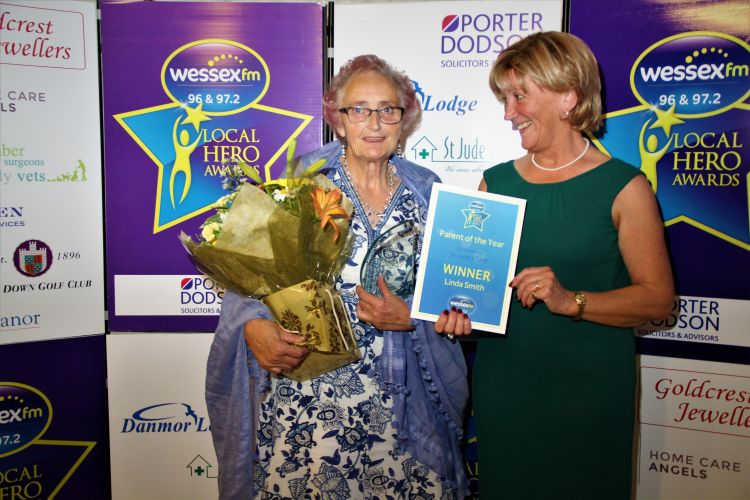 Linda Smith recieving her Local Hero Award.