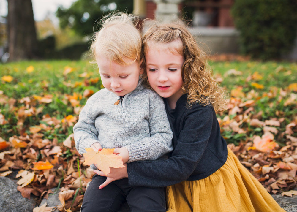 fall-sibling-portrait.jpg