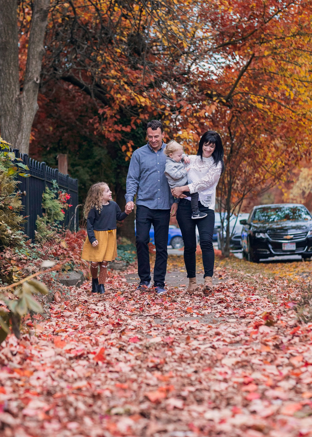 fall-neighborhood-family-portrait-2.jpg