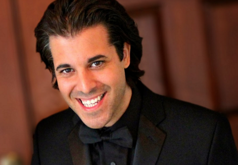 Maestro Kristofer Sanz
