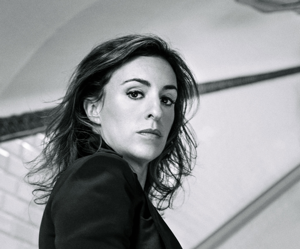 Headshot---FRANCESCA-SUBWAY-B&W-1-V2-web-2.jpg