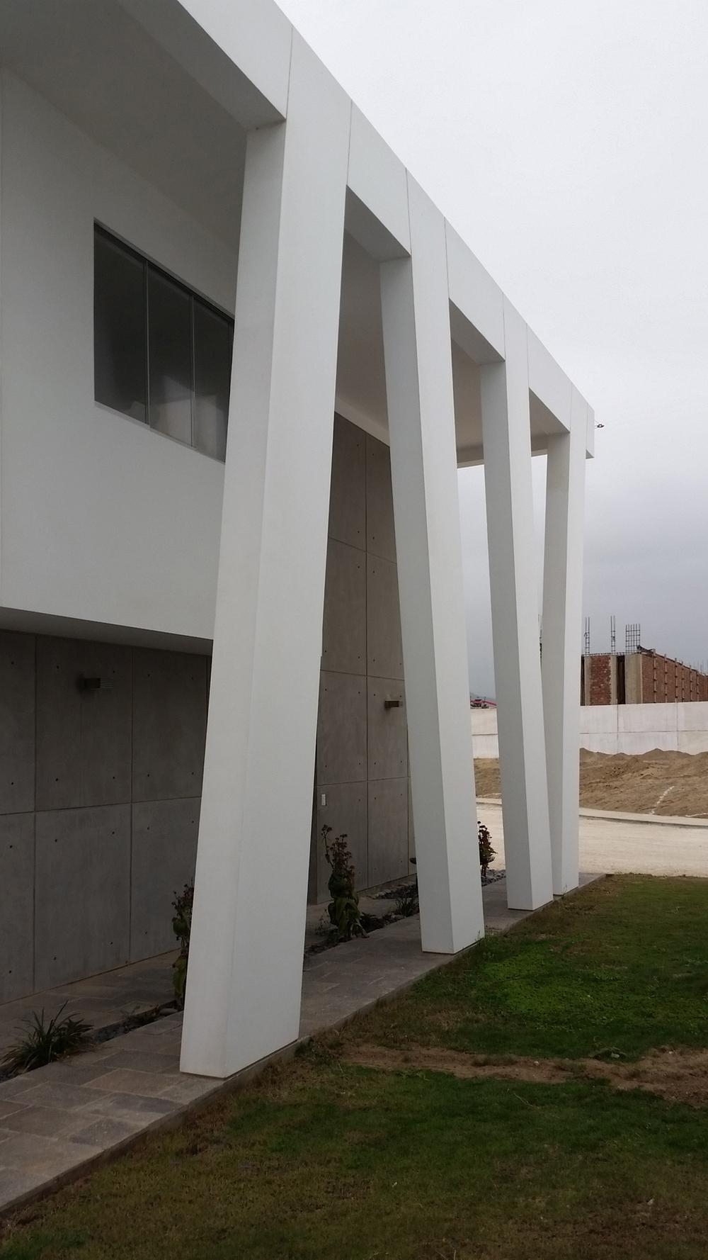 Diego del Castillo - oaudarq - casa de playa EC (4).jpg
