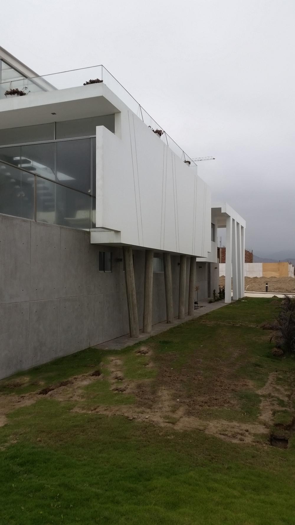 Diego del Castillo - oaudarq - casa de playa EC (5).jpg