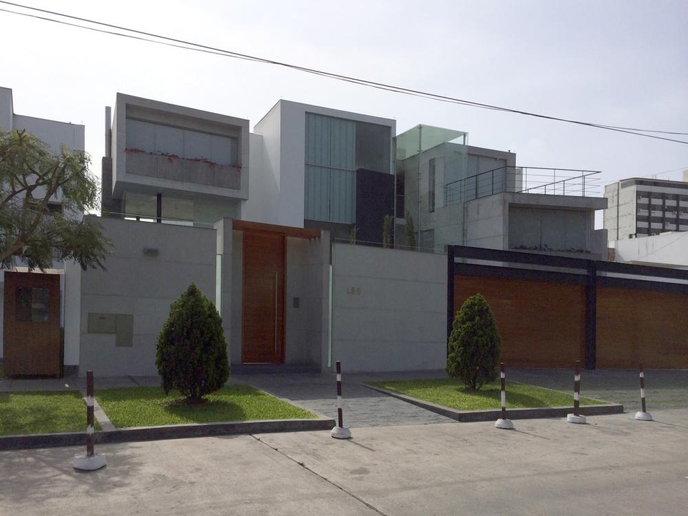 Casa MM en San Isidro lima peru diego del castillo (36).JPG