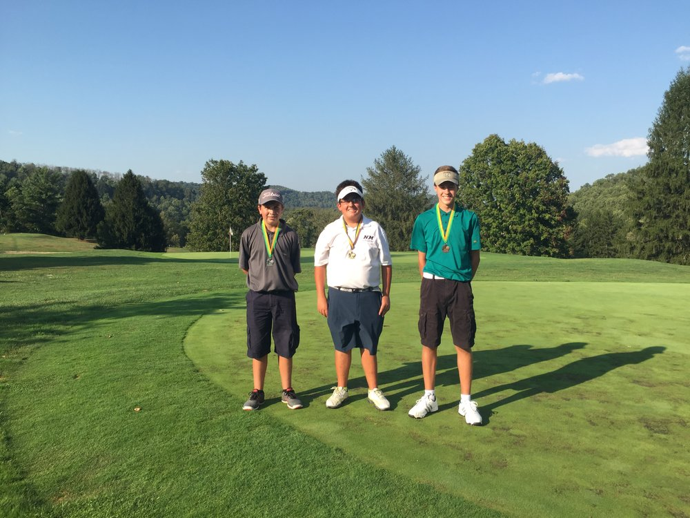 Congrats to the top three in the Junior Division of the 2016 Green Hills Club Championship. Peyton Taylor (right) finished 3rd place, Michael Harris (left) finished 2nd place, and Lex Shaffer (middle) won the gold for 1st place. Way to go guys!