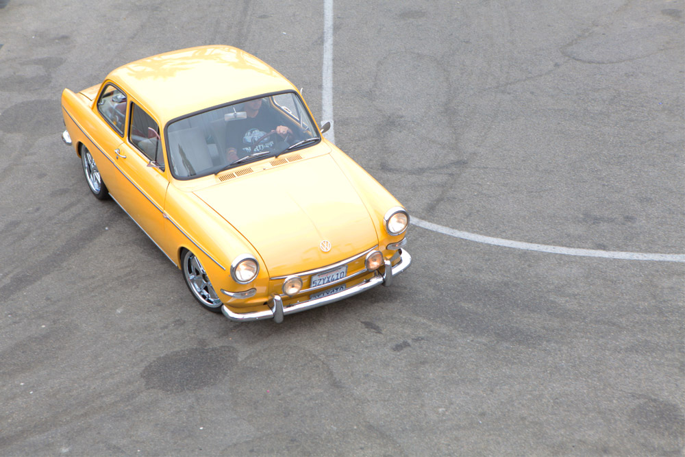 CAR_VWYELLOW_CURVE.jpg