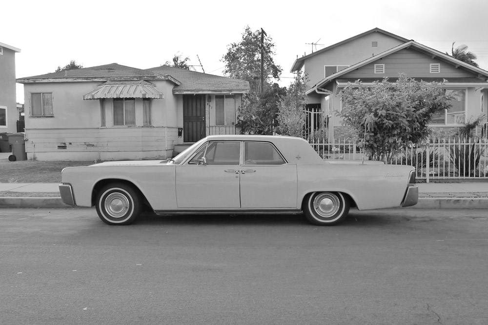 CAR_CONTINENTAL_BW.jpg