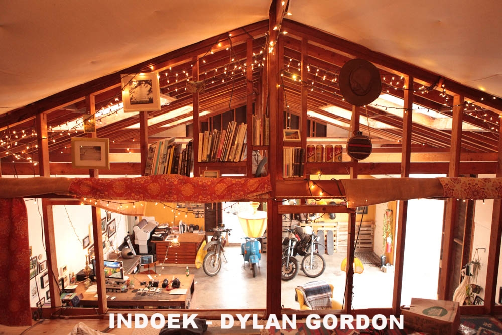 Indoek- Dylan Gordon