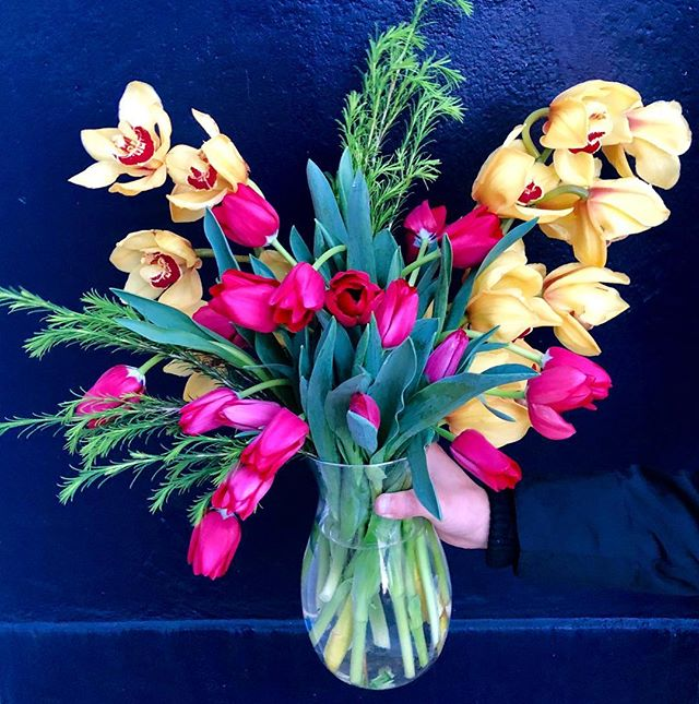 Only three days left before Valentine's Day. Order your bouquets with us now before it is too late! 🌹🌹🌸 #floral #orchid #tulips #pinktulips #yelloworchids #bouquet #flowerdesign #flowers #flowerstagram #pictureoftheday #photooftheday #floralstylist #flowerdesign #flowerstyle #flowershop #sanfrancisco #sweetheartflorist #flowerarrangement #florist #valentinesdaygift #valentinesday #giftideas #flowerideas #hotpinkflowers #cymbidium #cymbidiumorchids