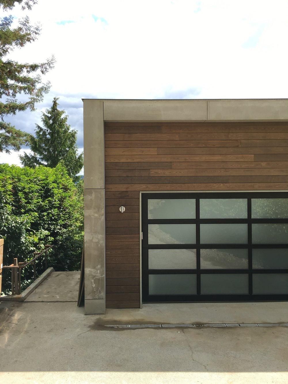 garage detail