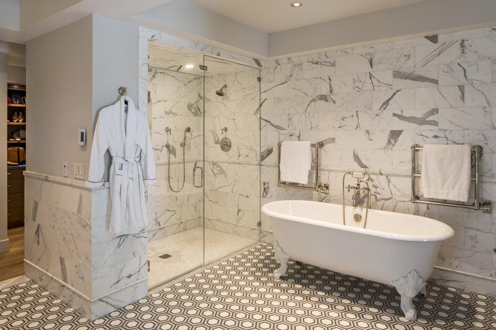 manzanita_bathroom.jpg
