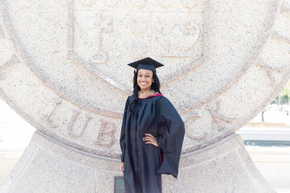 Nia Pierce Graduation Pics-1240-Web.jpg