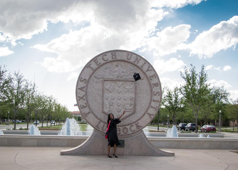 Nia Pierce Graduation Pics-1256-Web.jpg