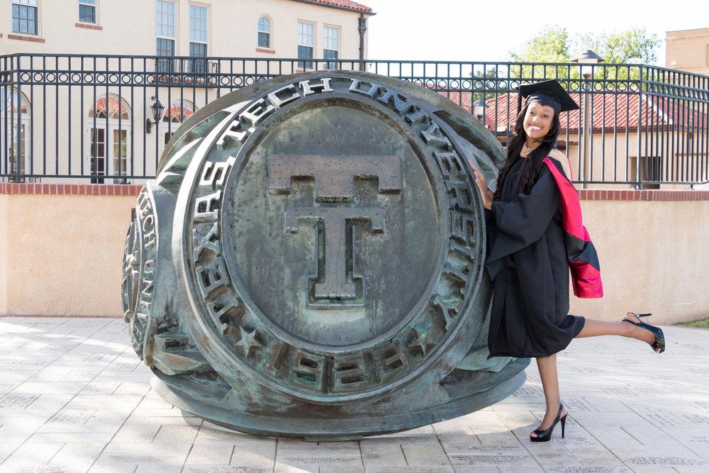 Nia Pierce Graduation Pics-1265-Web.jpg