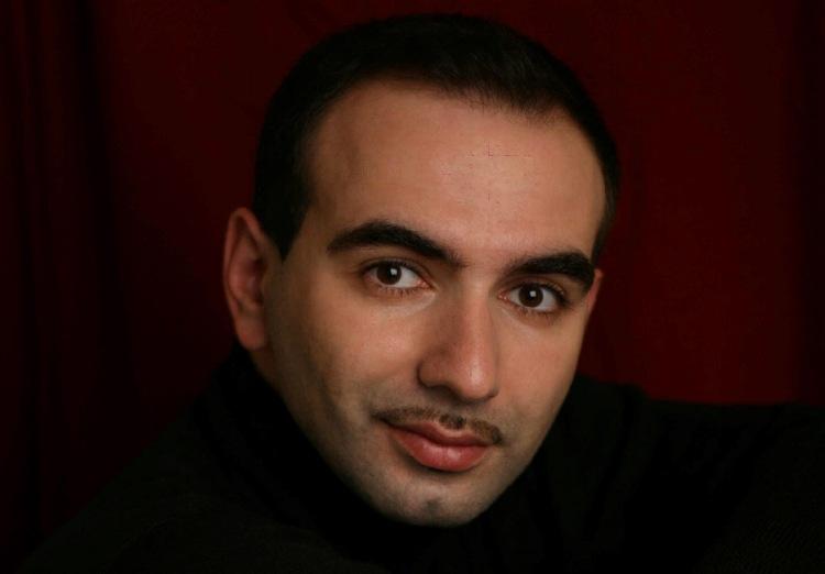 Арт Бабаянц (aka Adam Black) - Основатель, идейный вдохновитель и первый художественный руководитель театра-студии MESS