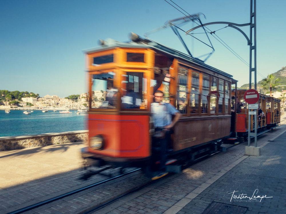Historische Straßenbahn in Port de Soller