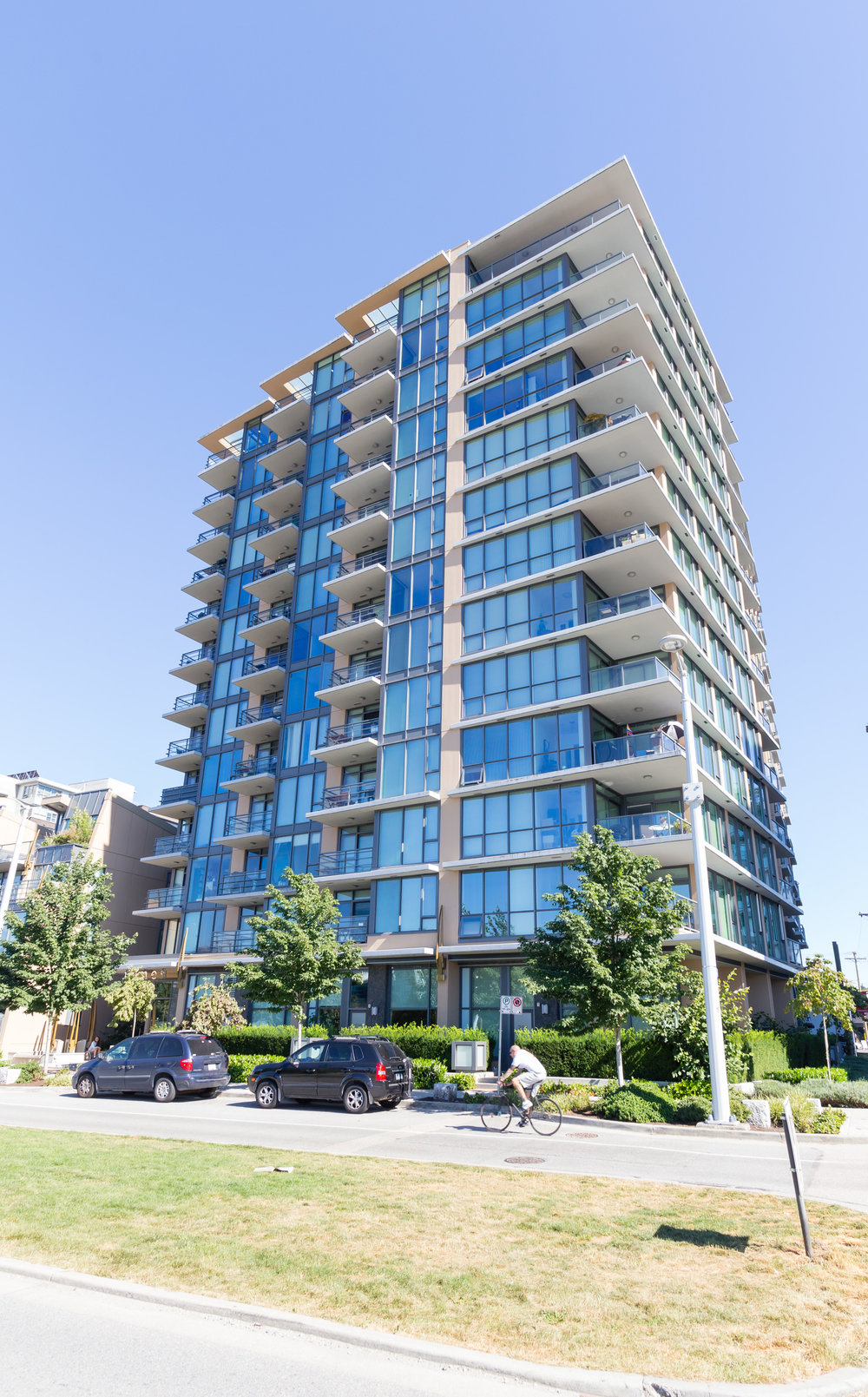 805-288-west-1st-avenue-vancouver-bc_01.jpg