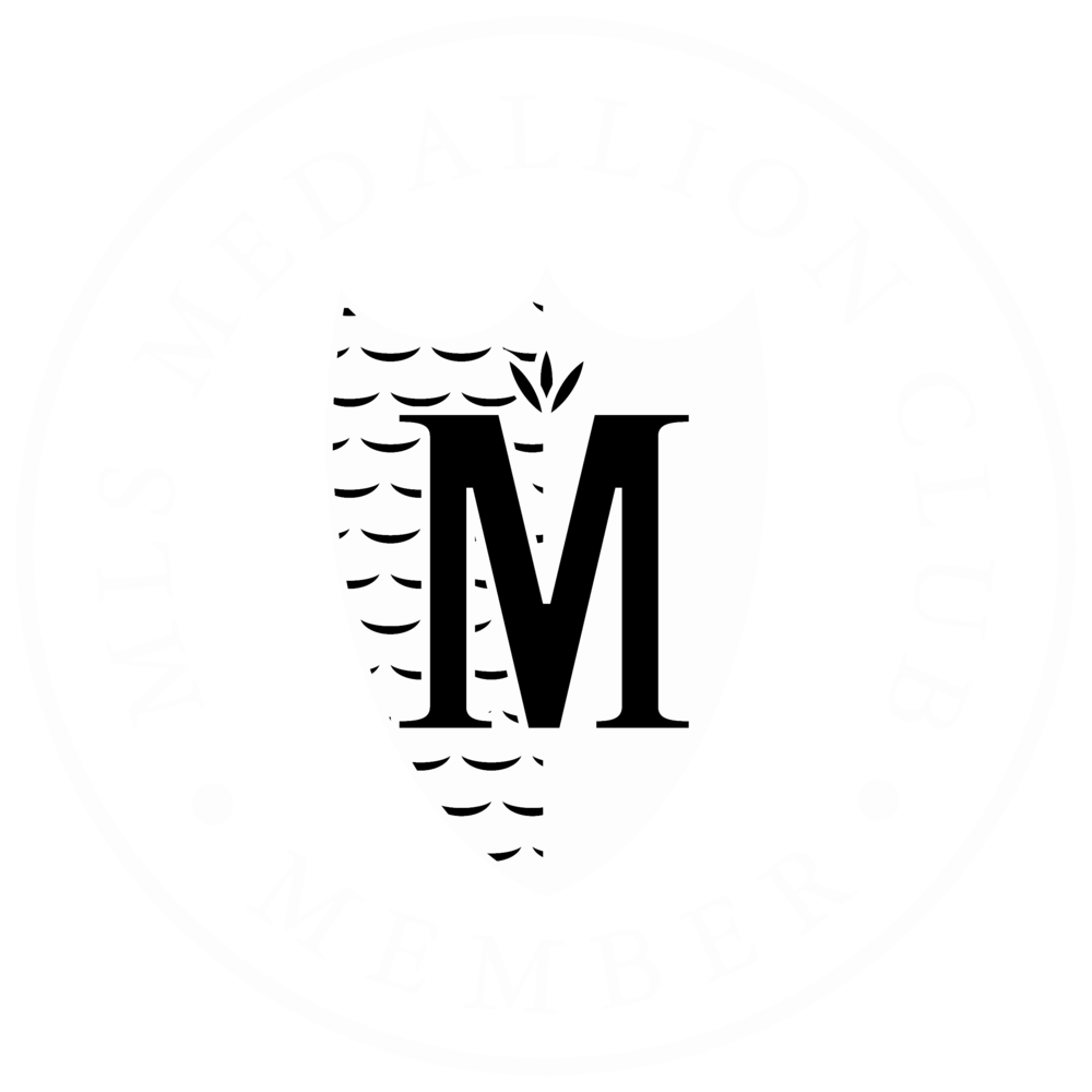 Medallion TRANSPARENT.png
