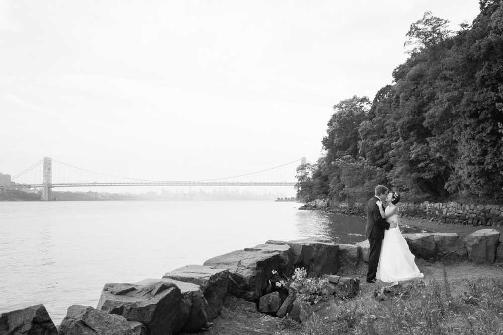 new-york-bridge-wedding-photos-the-foundry-wedding-ny-1024x683.jpg