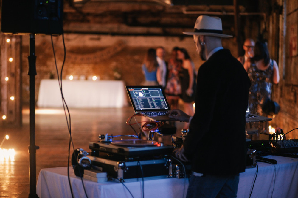 dj-greenpoint-loft-wedding-1024x683.jpg