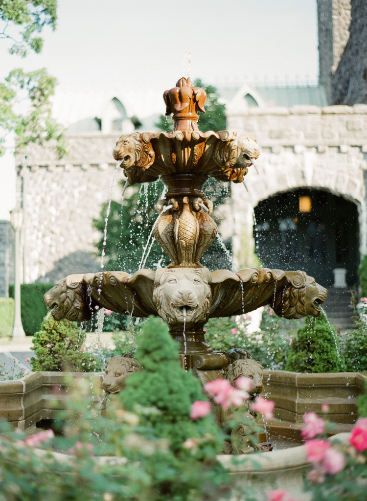 beautiful-fountain-castle-hotel-wedding-tarrytown-ny-750x1024.jpg