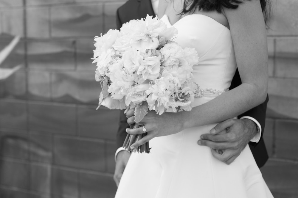 romantic-black-and-white-wedding-photo-mymoon-brooklyn-new-york-wedding-1024x682.jpg