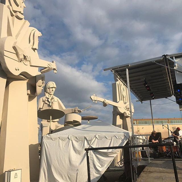 View from side stage at our show at @8thwonderbrew this weekend. Thanks for having us Houston!  First Texas show in the books. #organfreeman #giantbeatlesstatues #texas