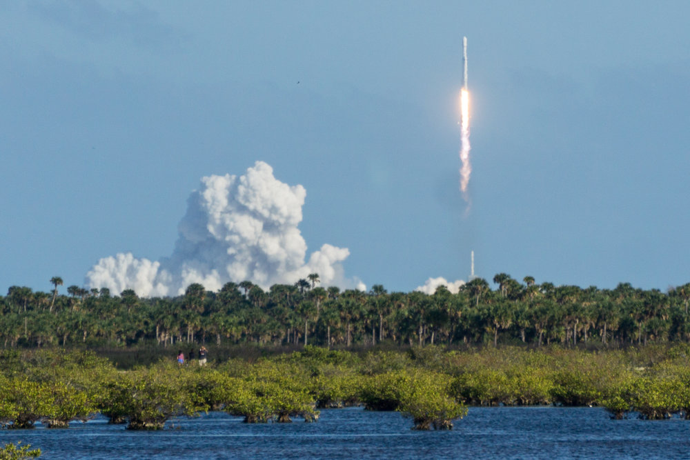 Falcon Heavy Launch - 3... 2... 1... BLAST OFF!
