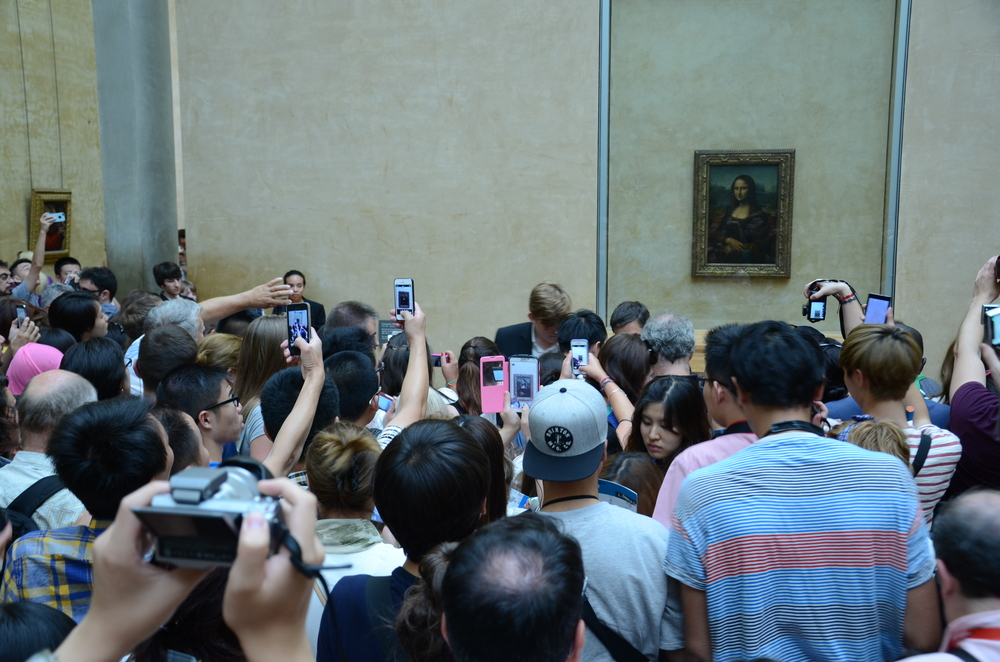 View of the Mona Lisa at the Louvre today.