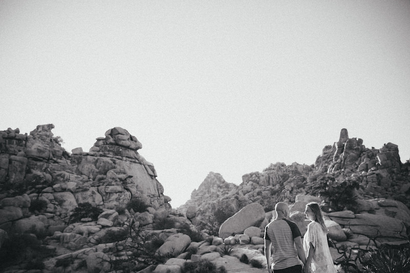 joshua-tree-engagement-session-015.jpg