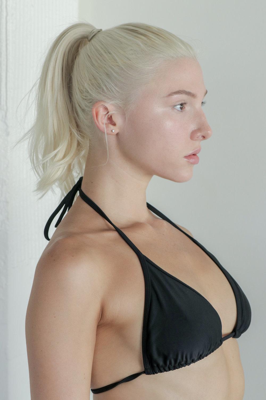 Headshot-ProfileR_Hairup-1.jpg