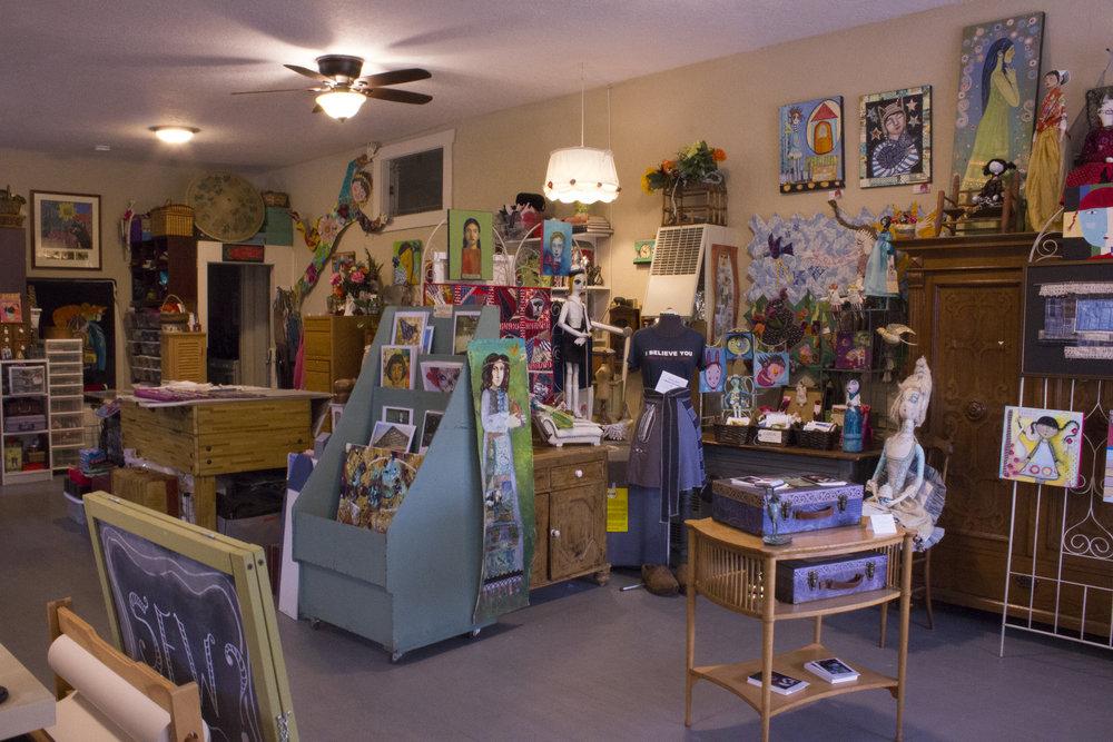 lulu's studio at Stanley and Hazel in Milwaukie, Oregon