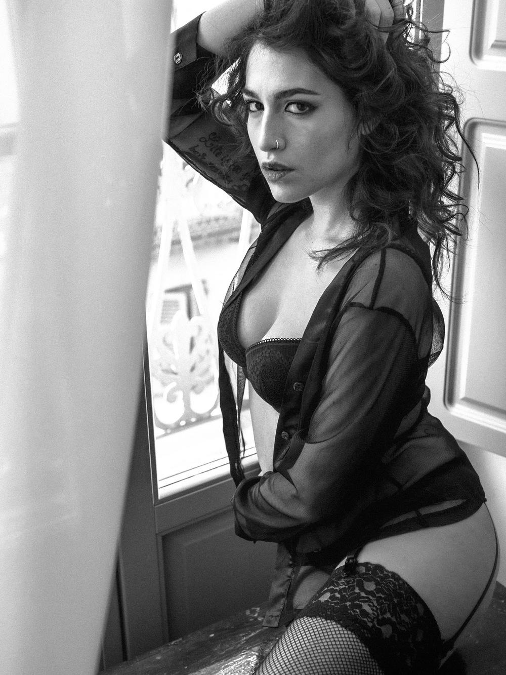 Model: Alessandra Giulia