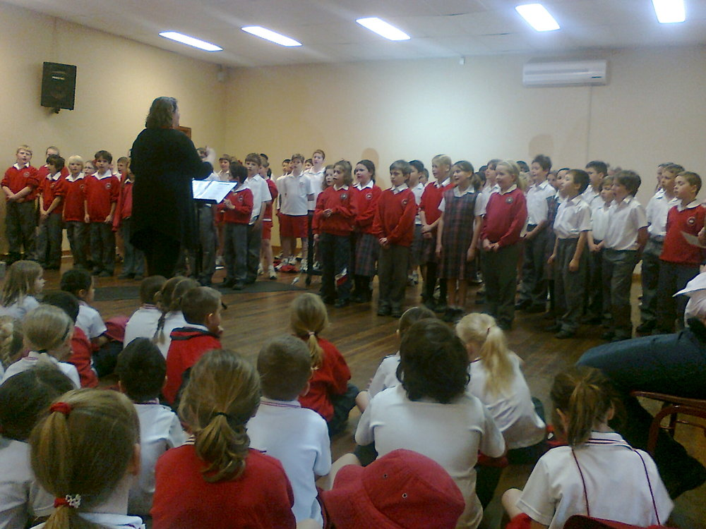 Leading a whole primary group, NSW, Australia -  2013