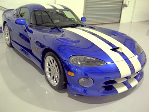 American Muscle Dodge Viper GTS
