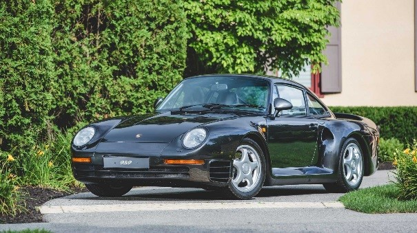 1998 Porsche 959 KOMFORT 1 of 329 959S Produced Estimate R18 MILLION - R21 million