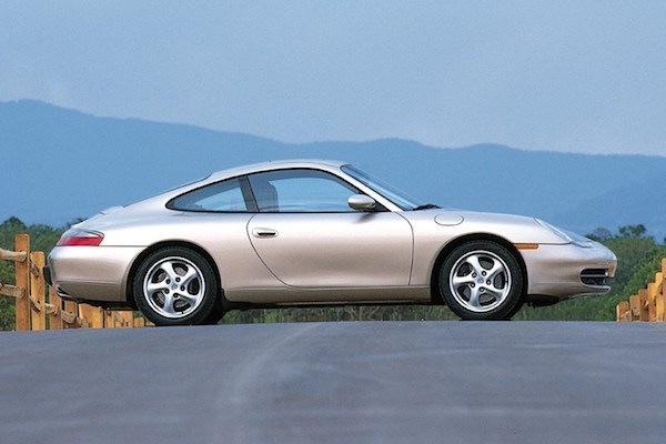 Porsche 911 (996) is the cheapest of 911s now