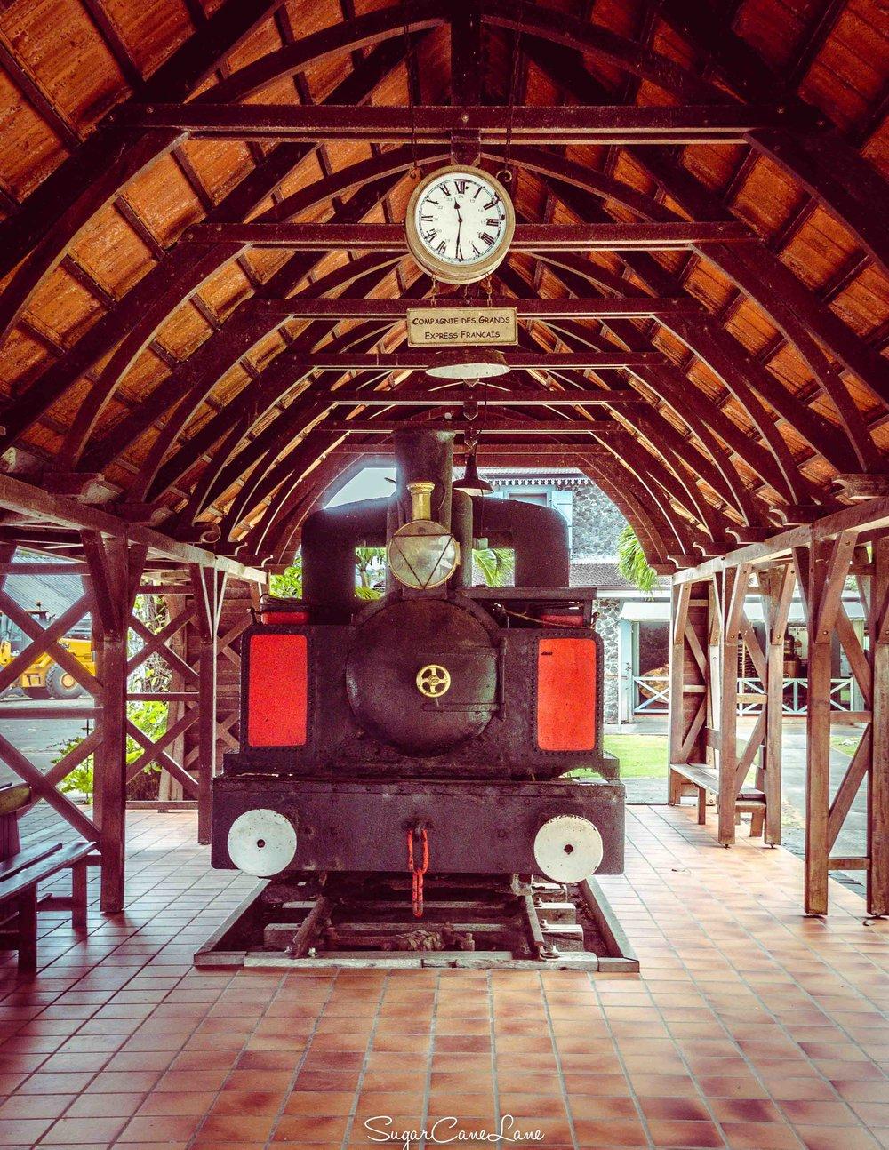 martinique, distillerie saint-james : train des plantations