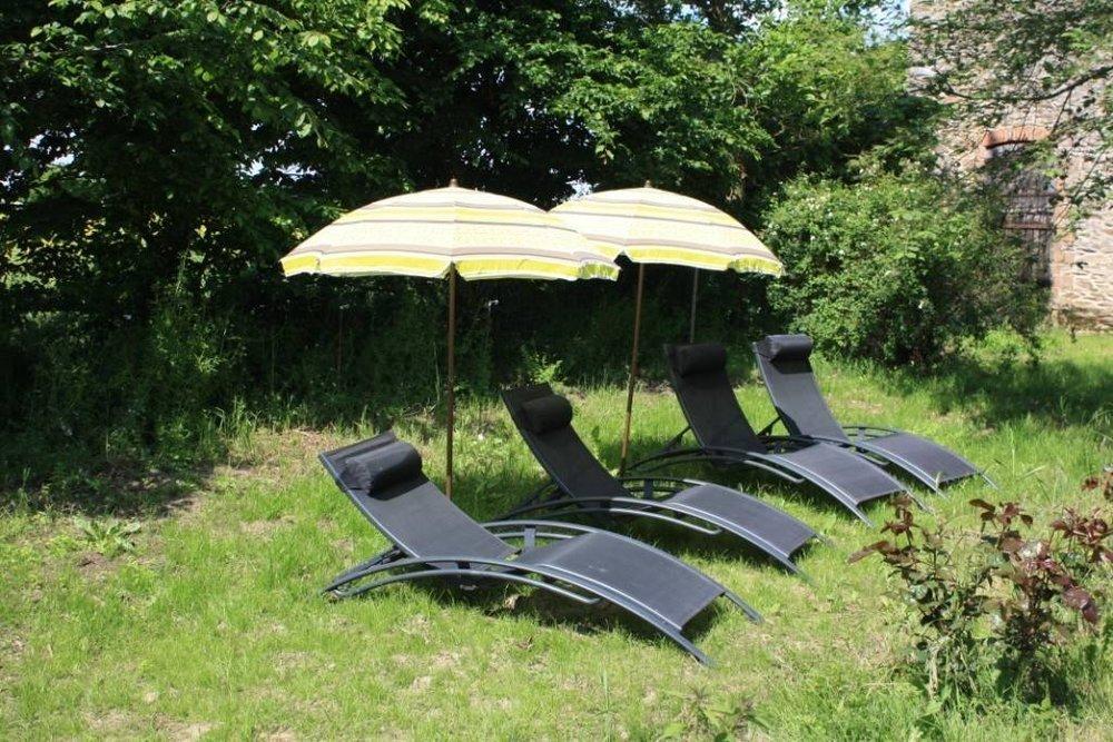 gite Baudron - piscine chaises