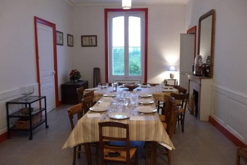 gite Manoir des Badinons salle a manger