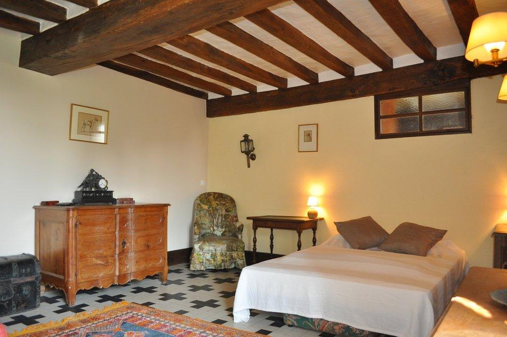 Longuefuye-aile-chateau-ch4.JPG