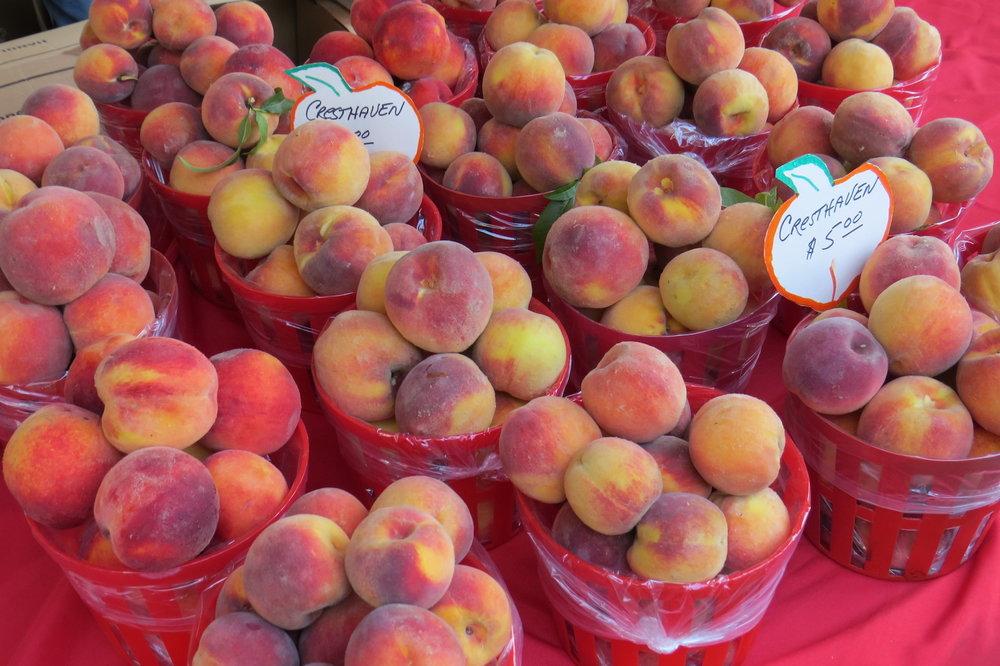 peach baskets.JPG
