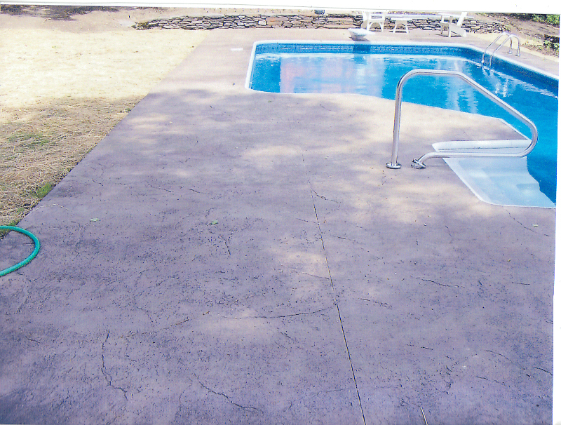 Homeowner_Stamped_Concrete_Swimming_Pool__02.jpg