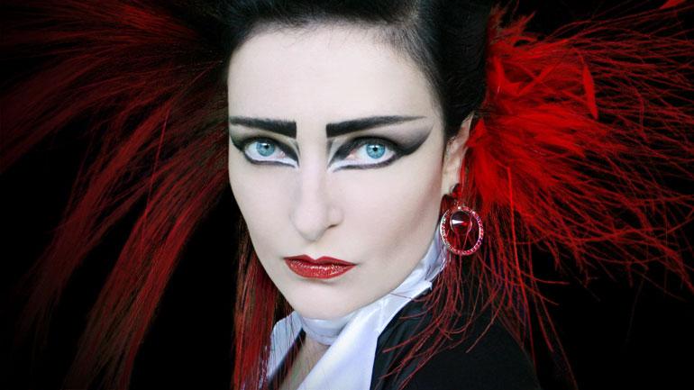 Siouxsie-Sioux-MOJO-cover-shot-770.jpg