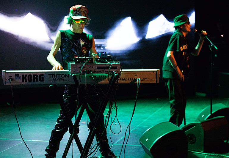 Suicide live. From left: Martin Rev, Alan Vega.