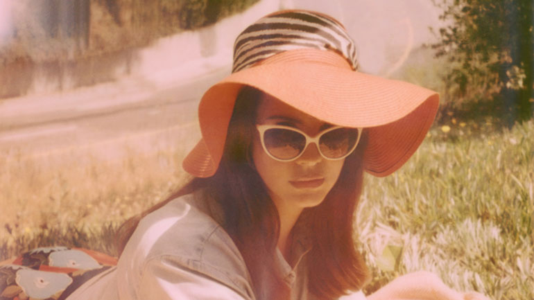 Lana-Del-Rey-by-Neil-Krug-770.jpg