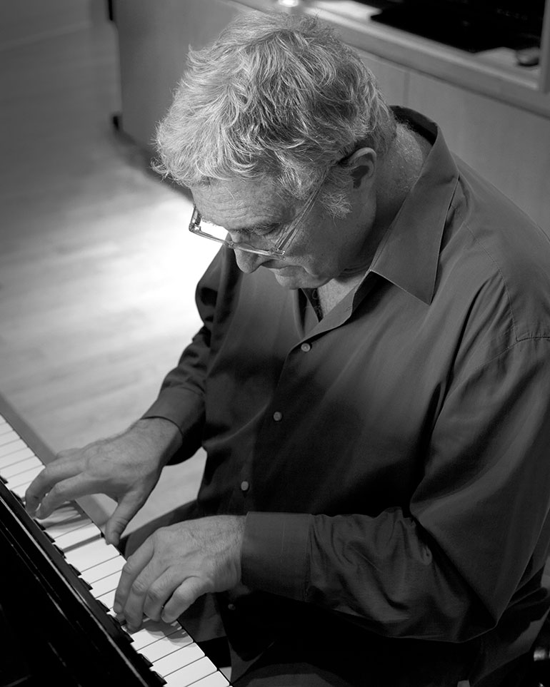 Randy Newman at the piano. Picture by Robb Bradley.