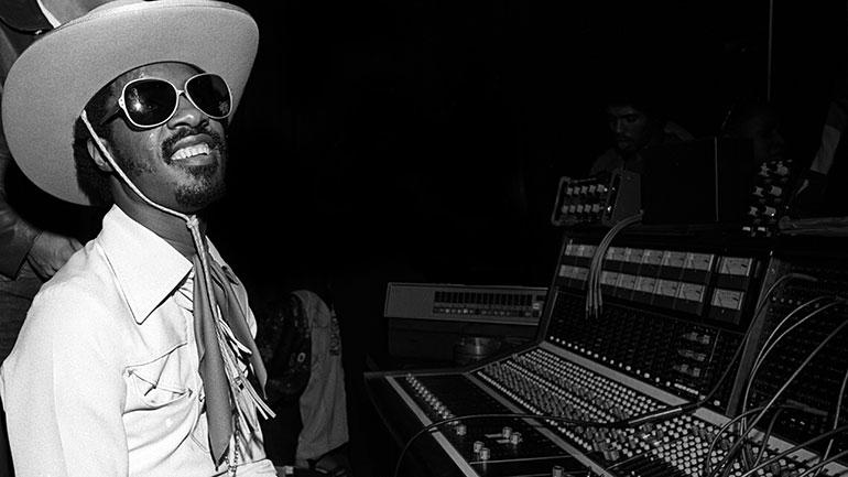 Stevie-Wonder-1976-770.jpg
